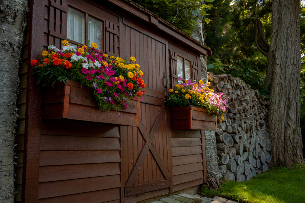 Landscaping Photography - Custom Shed